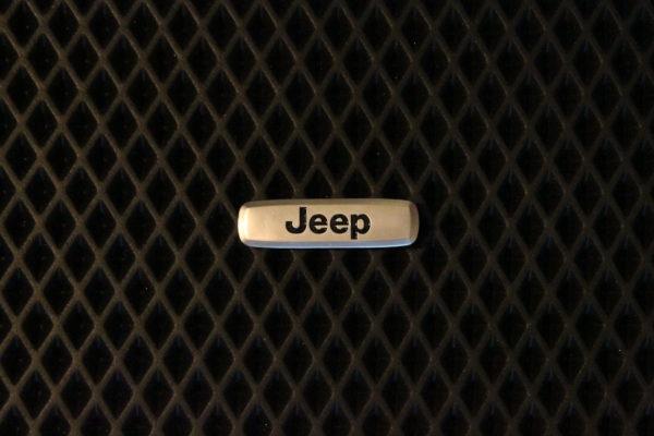 Шильдик металлический Jeep