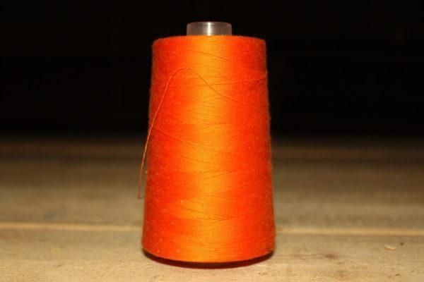 Нитки оранжевый цвет